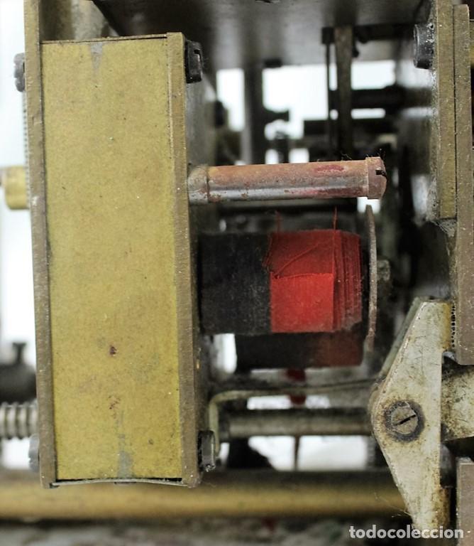 Antigüedades: Mecanismo de una antigua máquina de fichar,Kartenheber. - Foto 3 - 165954706