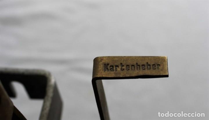 Antigüedades: Mecanismo de una antigua máquina de fichar,Kartenheber. - Foto 8 - 165954706