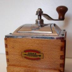 Antigüedades: MOLINILLO DE CAFÉ MARCA ODAX. FRANCIA. CA. 1950/60. Lote 165978886