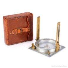 Antigüedades: ANTIGUA BRÚJULA DE TOPOGRAFÍA GURLEY. USA, CIRCA 1920. Lote 165999762