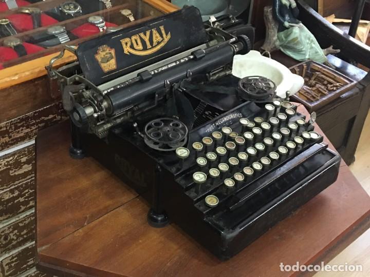 Antigüedades: Maquina de escribir Royal New York - Foto 2 - 166054590