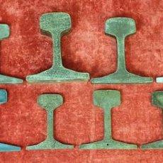 Antigüedades: FERROCARRIL. COLECCION DE 15 PERFILES DE RAIL. VARIOS CALIBRES. SIGLO XX. . Lote 166086914