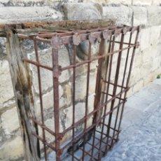 Antigüedades: REJA DEL SIGLO XVI. Lote 166134806