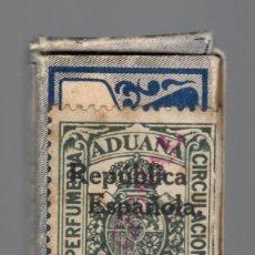 Antigüedades: HOJA LAME / FISCAL ADUANA PERFUMERÍA CIRCULACIÓN - SOBRECARGA DOBLE: REPÚBLICA Y NACIONAL. Lote 166151754