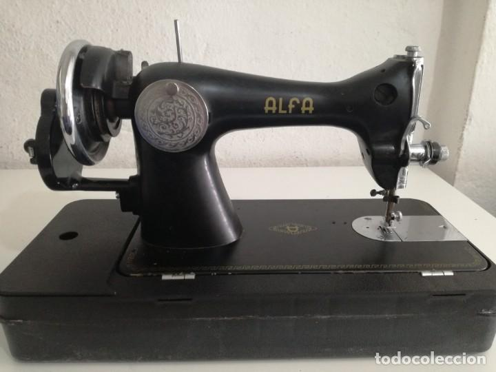 Antigüedades: Maquina de coser Alfa. - Foto 2 - 166276282
