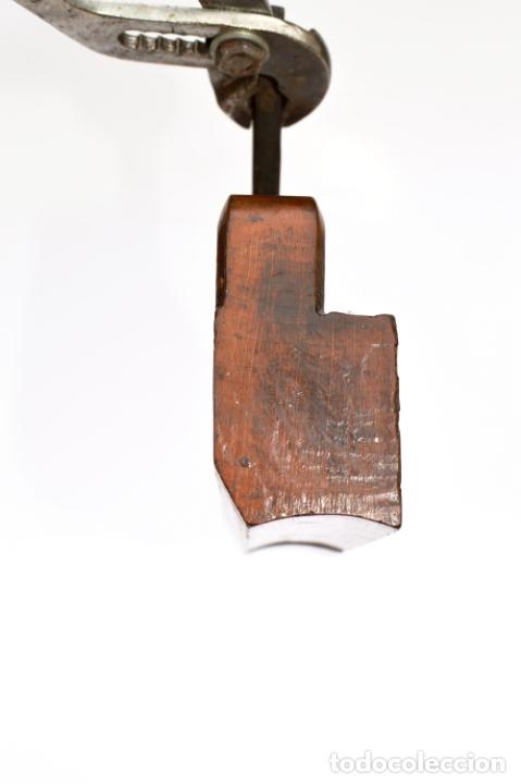Antigüedades: CEPILLO MOLDURERO DE 24 CM DE LARGO POR 15 DE ALTO POR 4,5 DE ANCHO - Foto 6 - 166327862