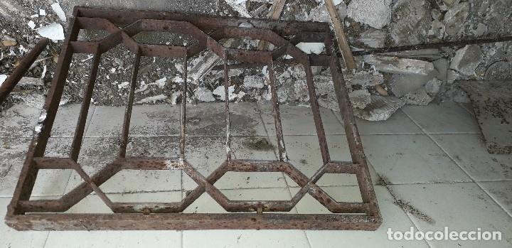 Antigüedades: 2 Ventanilla de puerta de - Foto 2 - 166805166