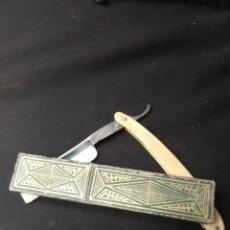 Antigüedades: NAVAJA DE AFEITAR FILARMONICA DOBLE TEMPLE,CON CAJA.JOSE MONTSERRAT POU. Lote 166905004