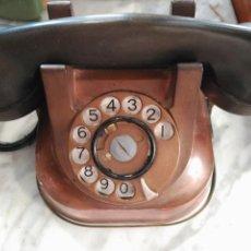 Teléfonos: PRECIOSO Y ANTIGUO TELÉFONO BELGA RTT56 EN COBRE ASA EN LATÓN AURICULARES BAQUELITA FUNCIONANDO. Lote 167032792