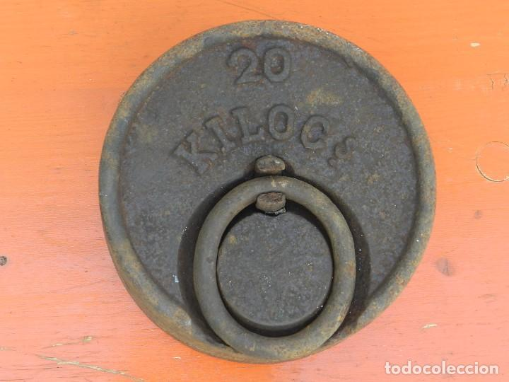 Antigüedades: PESA DE HIERRO 20 KILOS - Foto 2 - 167065552