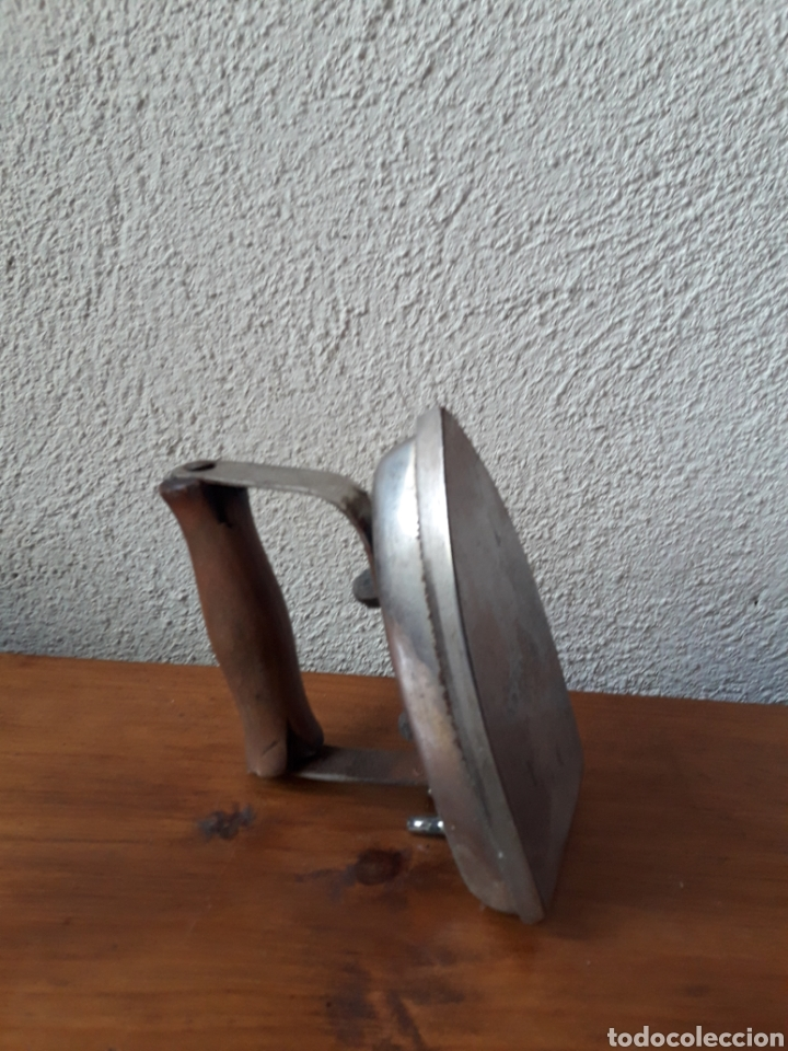 Antigüedades: Antigua plancha fabricacion suiza - Foto 2 - 167127136