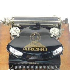 Antigüedades: MAQUINA DE ESCRIBIR ARCHO MODEL D AÑO 1922 TYPEWRITER SCHREIBMASCHINE. Lote 167140424