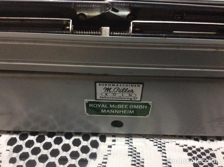 Antigüedades: Máquina de escribir Royal Diana. Con su funda de cuero. - Foto 6 - 167518396
