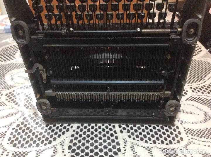 Antigüedades: Máquina de escribir Royal Diana. Con su funda de cuero. - Foto 8 - 167518396