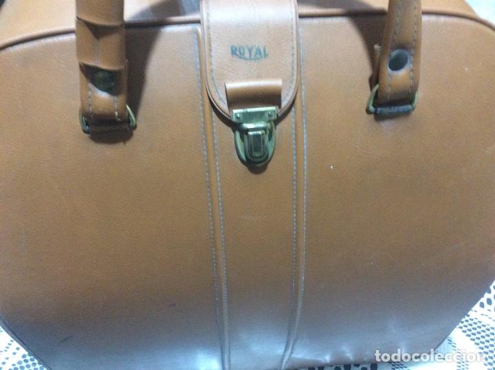 Antigüedades: Máquina de escribir Royal Diana. Con su funda de cuero. - Foto 9 - 167518396