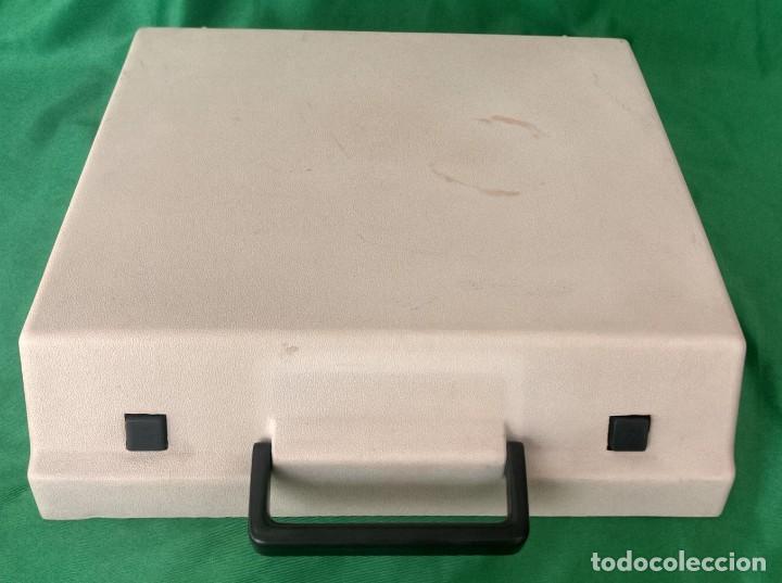 Antigüedades: Maquina de escribir olympia traveller (VER FOTOS) - Foto 5 - 167553560