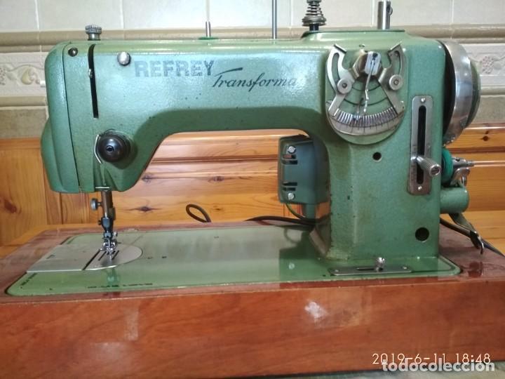 REFREY 427 AUTOMATICA (Antigüedades - Técnicas - Máquinas de Coser Antiguas - Refrey)