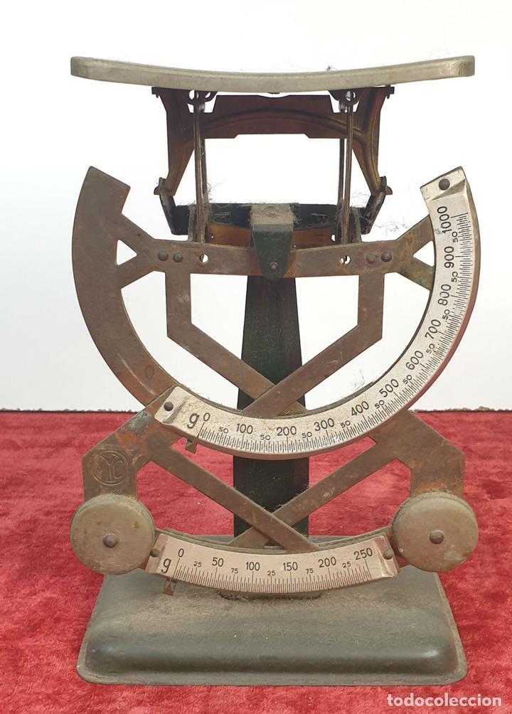 BALANZA DE CORREOS PARA CARTAS. MYC. METAL. ESPAÑA. CIRCA 1940. (Antigüedades - Técnicas - Medidas de Peso - Balanzas Antiguas)