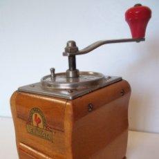 Antigüedades: MOLINILLO DE CAFÉ MARCA LEHNARTZ. MODELO 100. ALEMANIA. CA. 1950/60. Lote 167748908
