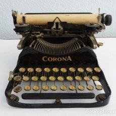 Antigüedades: MÁQUINA DE ESCRIBIR PORTÁTIL CORONA 3. Lote 167971992