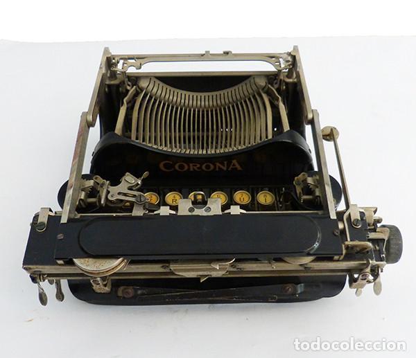 Antigüedades: Máquina de escribir portátil Corona 3 - Foto 3 - 167971992