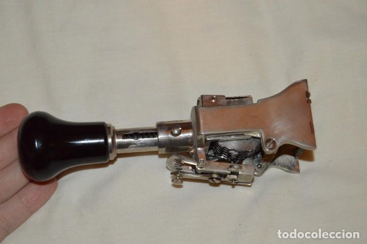 Antigüedades: ANTIGUO NUMERADOR CASCO MODELO 500 - 5 MM - EN CAJA ORIGINAL - MADE IN SPAIN - VINTAGE - MIRA! - Foto 7 - 167984548