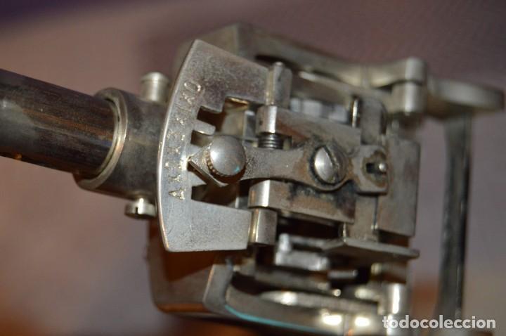 Antigüedades: ANTIGUO NUMERADOR CASCO MODELO 500 - 5 MM - EN CAJA ORIGINAL - MADE IN SPAIN - VINTAGE - MIRA! - Foto 9 - 167984548