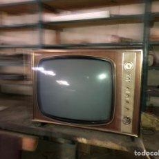 Antigüedades: TELEVISOR VINTAGE. Lote 168041850