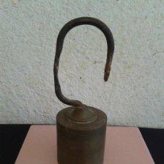 Antigüedades: PESA BRONCE ROMANA BASCULA BALANZA. Lote 168079280