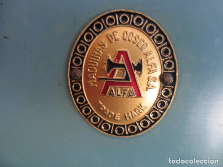 Antigüedades: ANTIGUA MAQUINA DE COSER ALGA MODELO 63 - Foto 2 - 168486084