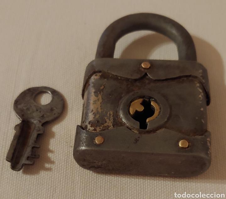 ANTIGUO CANDADO PRINCIPIOS 1900 (Antigüedades - Técnicas - Cerrajería y Forja - Candados Antiguos)