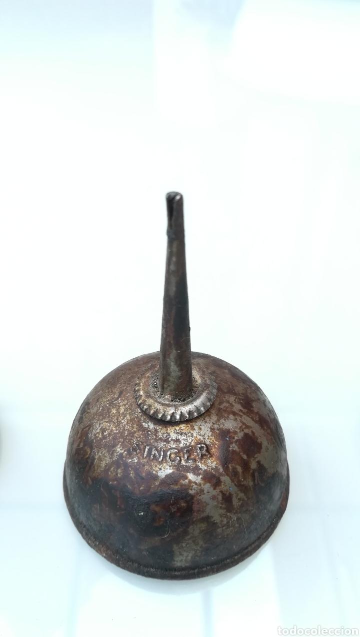 Antigüedades: Aceiteras máquinas de coser - Foto 3 - 168513772