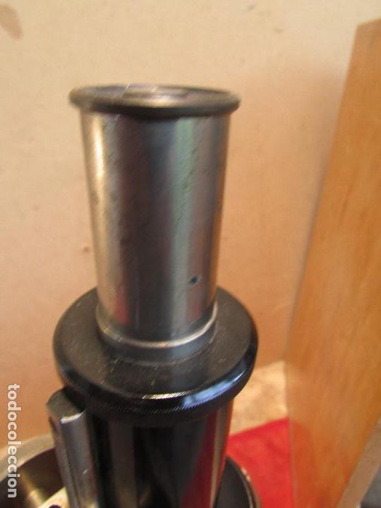 Antigüedades: Microscopio alemán C: ERBE del año 1938. Caja original con llave. Completo - Foto 10 - 168665672