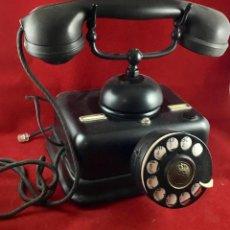 Teléfonos: ANTIGUO TELÉFONO SOBREMESA, DE METAL Y BAQUELITA.. Lote 168723004