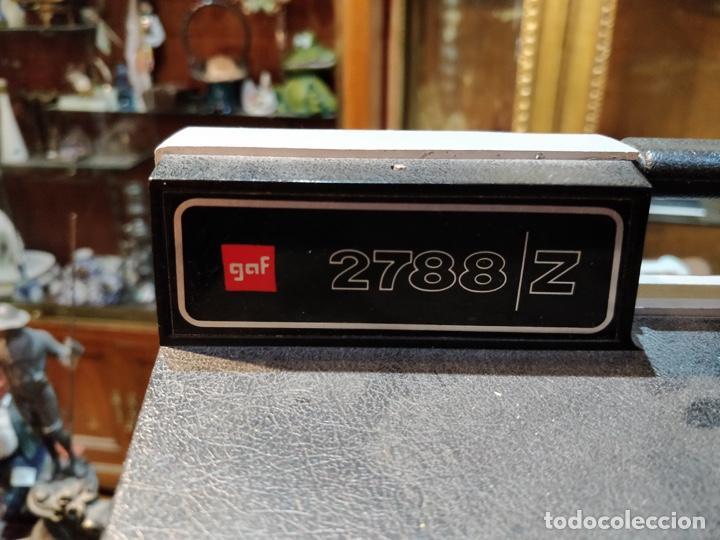Antigüedades: Proyector GAF 2788 Z - Dual 8mm, Super 8, Automático y diferentes velocidades - Foto 2 - 168790112