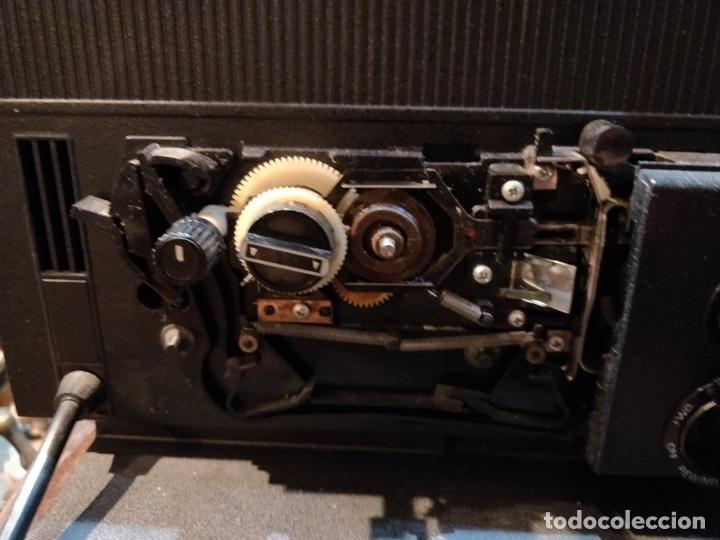 Antigüedades: Proyector GAF 2788 Z - Dual 8mm, Super 8, Automático y diferentes velocidades - Foto 9 - 168790112