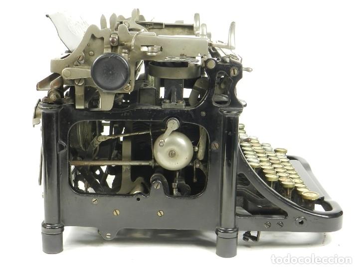 Antigüedades: RARA TORPEDO Mod.5 AÑO 1911 Máquina de escribir Typewriter Schreibmaschine - Foto 4 - 168851940