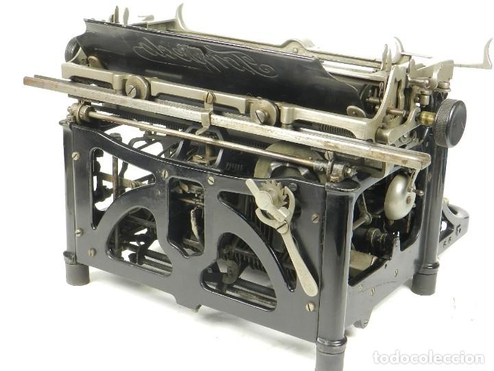 Antigüedades: RARA TORPEDO Mod.5 AÑO 1911 Máquina de escribir Typewriter Schreibmaschine - Foto 5 - 168851940