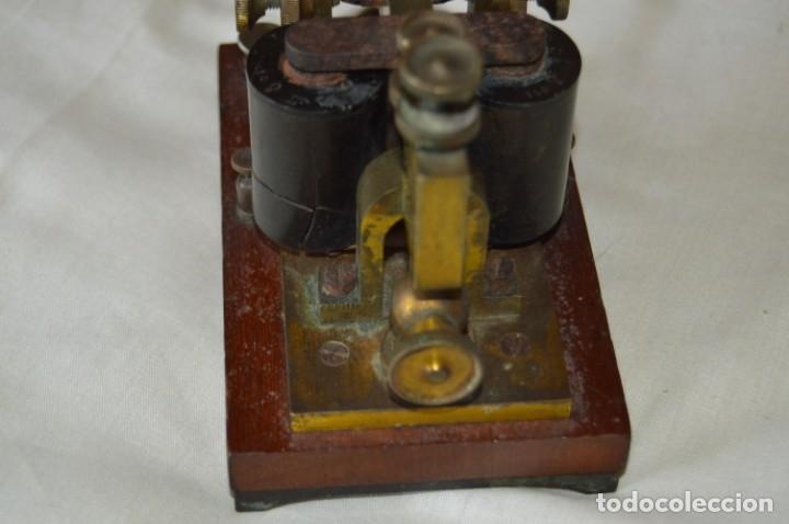 Antigüedades: Relé Telegráfico MAISON BREGUET - Finales 1800 RELAIS TELEGRAPHIQUE BAUDOT - EARLY TELEGRAPH RELAY - Foto 5 - 169177725