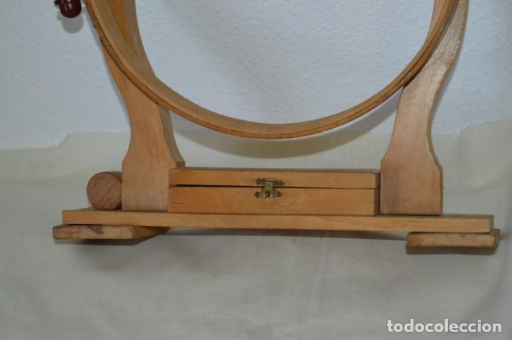 Antigüedades: VINTAGE - Antiguo BASTIDOR o TAMBOR de BORDAR, en madera, muy antiguo, mira fotos y detalles - Foto 3 - 169179136
