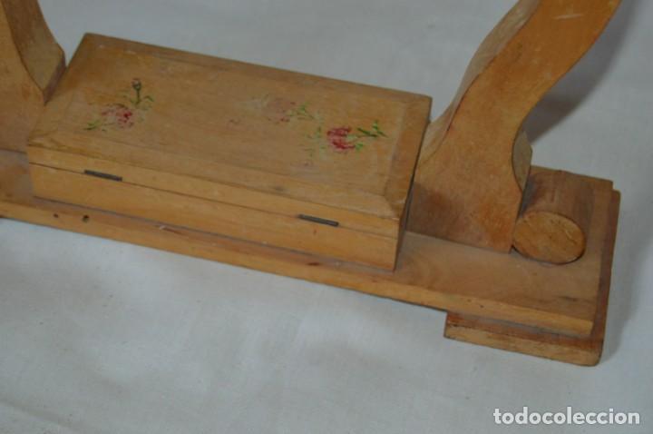 Antigüedades: VINTAGE - Antiguo BASTIDOR o TAMBOR de BORDAR, en madera, muy antiguo, mira fotos y detalles - Foto 10 - 169179136