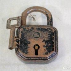 Antigüedades: CANDADO CON LLAVE. Lote 169260748