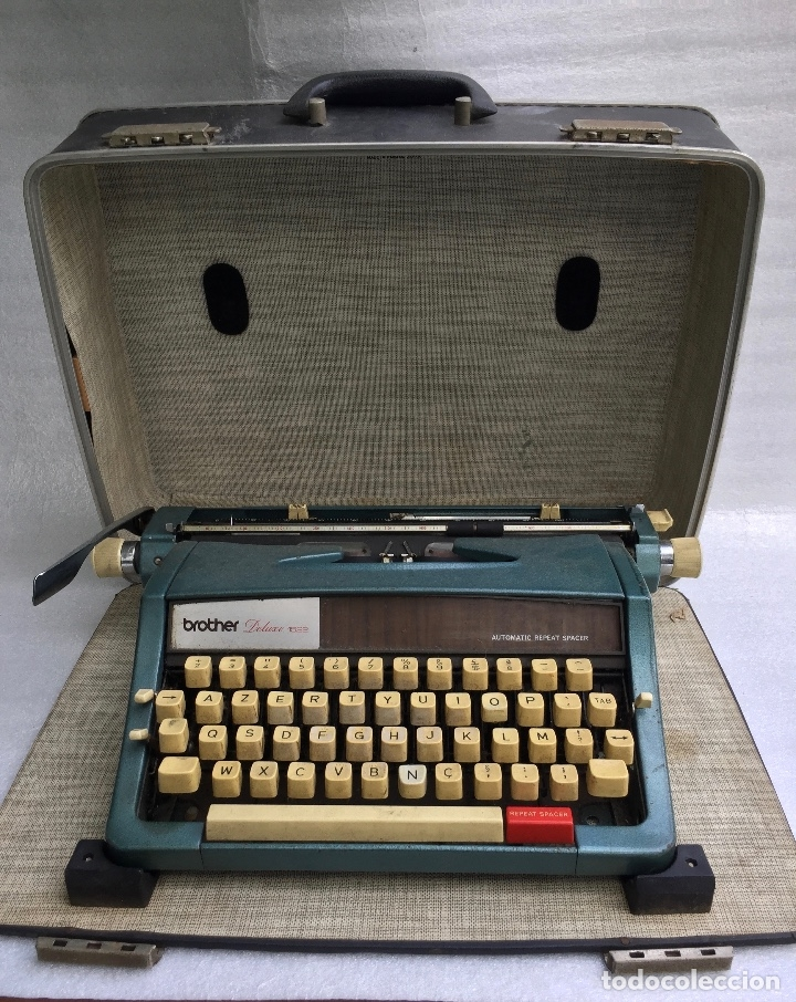 Antigüedades: Máquina de escribir Brother Deluxe 1522 - Foto 4 - 54172178