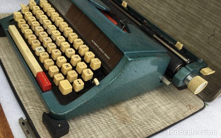 Antigüedades: Máquina de escribir Brother Deluxe 1522 - Foto 7 - 54172178