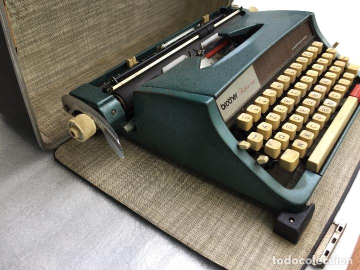 Antigüedades: Máquina de escribir Brother Deluxe 1522 - Foto 8 - 54172178