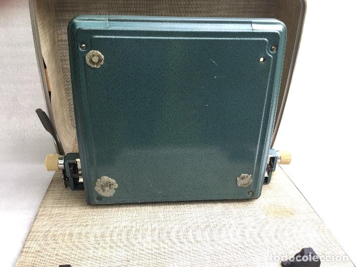 Antigüedades: Máquina de escribir Brother Deluxe 1522 - Foto 10 - 54172178