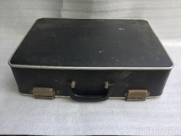 Antigüedades: Máquina de escribir Brother Deluxe 1522 - Foto 13 - 54172178