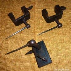Antigüedades: CONJUNTO DE 3 ANTIGUAS HERRAMIENTAS A IDENTIFICAR.. Lote 166851466