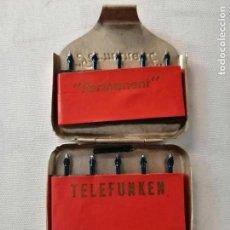 Antigüedades: CAJA TELEFUNKEN PERMANENT - 10 AGUJAS PARA TOCADISCOS.. Lote 169455296