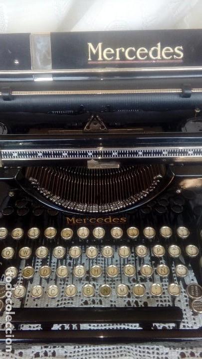 Antigüedades: Antigua maquina de escribir marca Mercedes - Foto 2 - 169645612